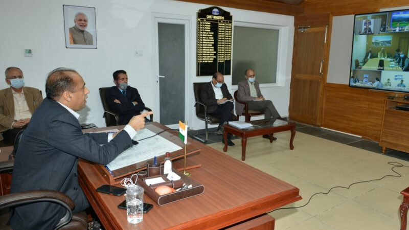 DCs to maintain proper coordination with representatives of PRIs and ULBs: CM